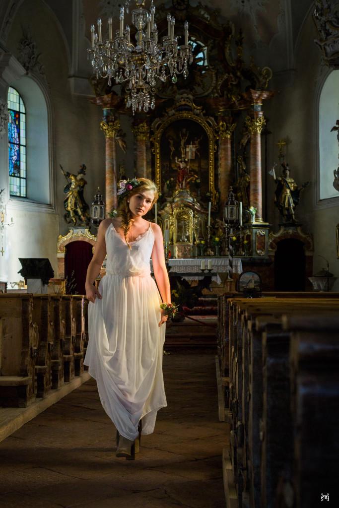 Vintage Brautkleider. Styled Shoot, Wilder Kaiser, Vintage-Bohème, Hochzeitskleider, Ernst Merkhofer, Fotograf, Brautkleid Inspiration , Brautkleid, Spitze, Brautstrauss,