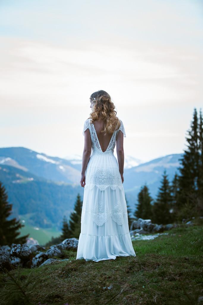 Hochzeiten , Hochzeit, junge Frau in den Bergen Spiten Brautkleid , Boheme, Vintage, Braut,