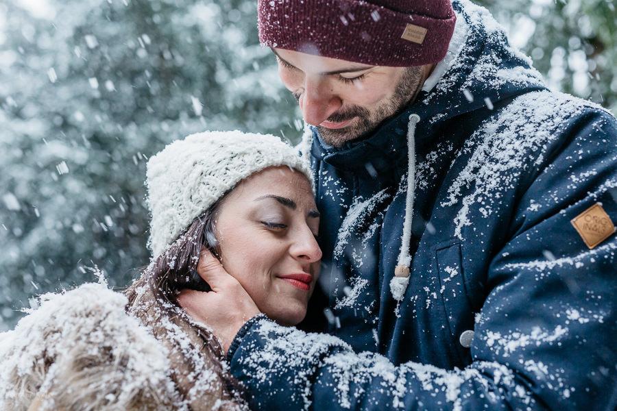 Paar Foto-Session, Schneetreiben, EMF, Ernst Merkhofer, Fotograf, Hochzeitsfotograf, Probesession, Schnee, Schneesturm